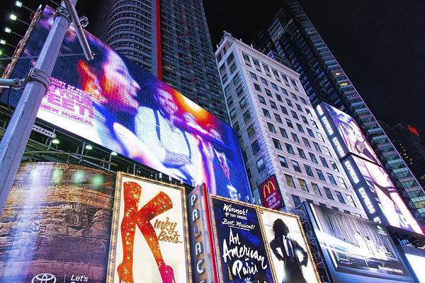 ברודווי ניו יורק Photoby Bruce Emmerling