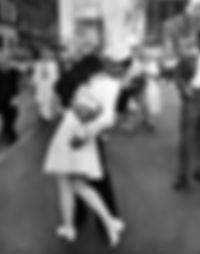 Kiss in Yimessquare Cityofnewyorkcoil