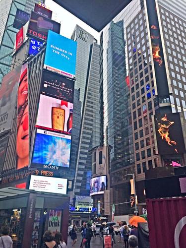 Times Square cityofnewyork.co.il