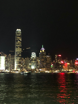 "Democracy and Protest in the ""Pearl of the Orient"" : My trip to Hong Kong in 2019"