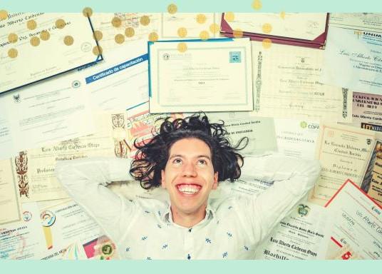 ¿Cómo deben ser los certificados de vacunación y recuperación para viajar?