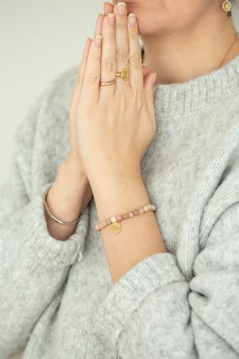Mondstein Sandelholz Armband