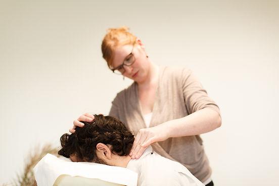 massage Tuina sur les cervicales