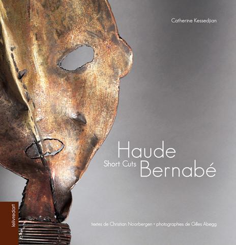 24 x 25 cm 200 pages en couleurs, environ 100 reproductions Textes bilingues français/anglais Couverture cartonnée isbn 978-2-35532-240-2