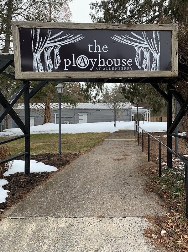 ThePlayhouse_Walk