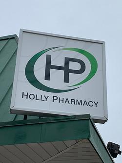 Holly_Pharmacy-Logo