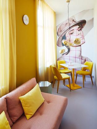 Modez Studio's Arnhem (Pink)
