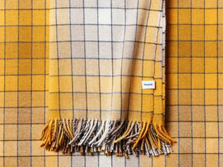 Tweed plaid