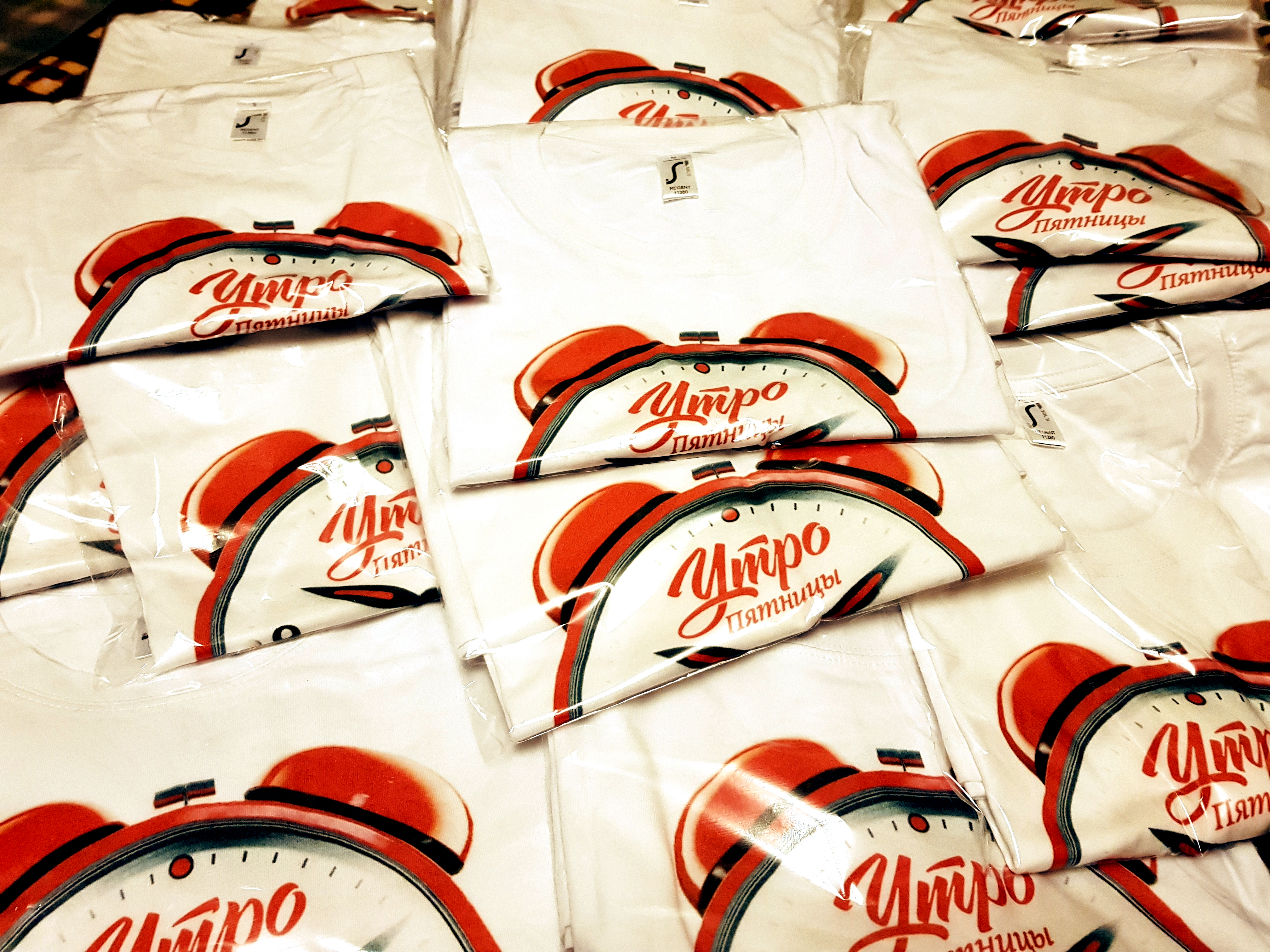 Печать на футболках - шелкография