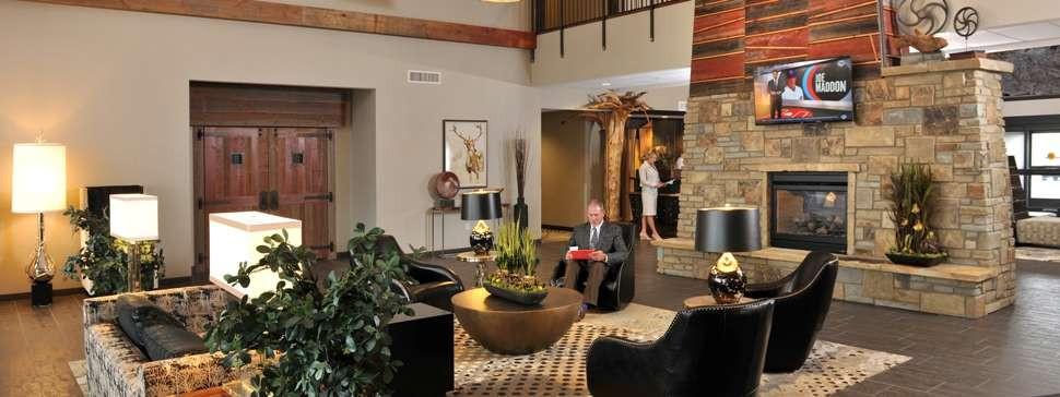 Stoney Creek Hotel2.jpg