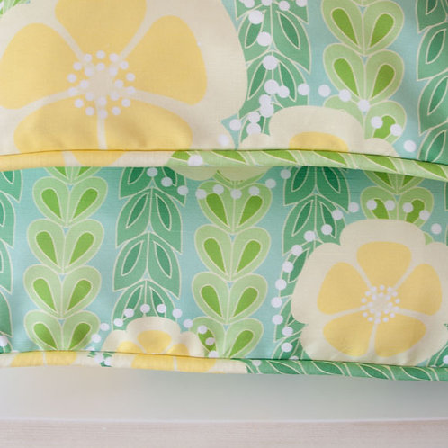 Kanzashi Willow - greens - cushion