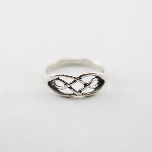 Plain Celtic Ring
