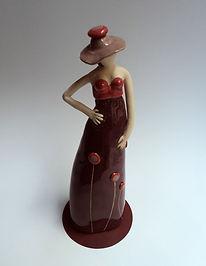 sculpture femme elegante ceramique artiste lyonnaise Pili-Pok
