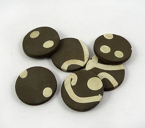 pastilles rondes marron blanc en terre cuite brute et naturelle