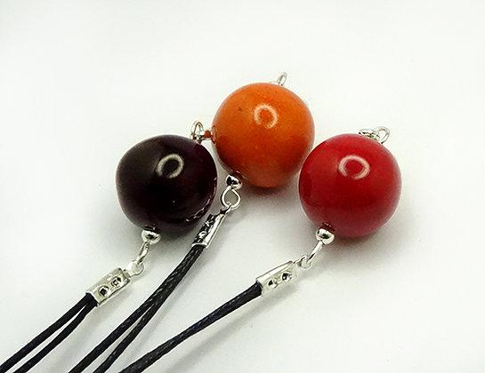 petits pendentifs ronds bijoux colorés en céramique