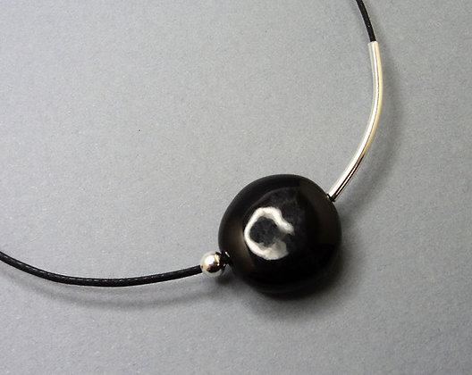collier simple chic noir et argent pour femme