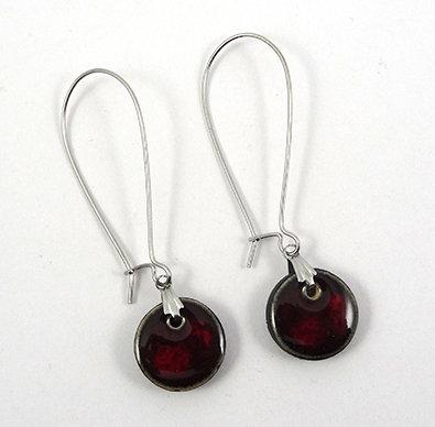 petites boucles d'oreilles rondes bordeaux prune rouge grand crochet