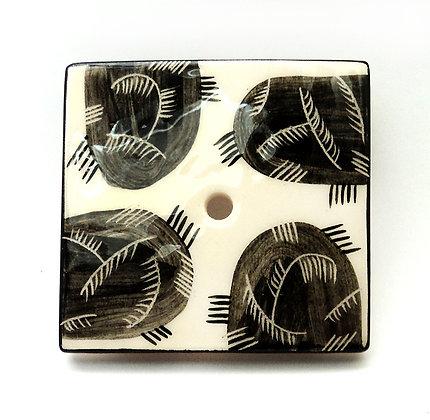 porte-savon avec graphisme années 40 noir et blanc