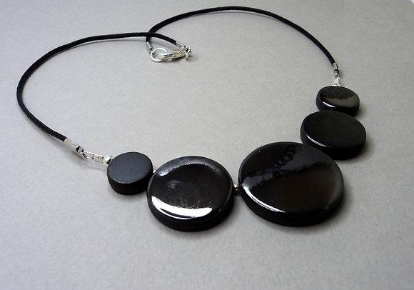 collier chic pour femme argent reflets métaliques