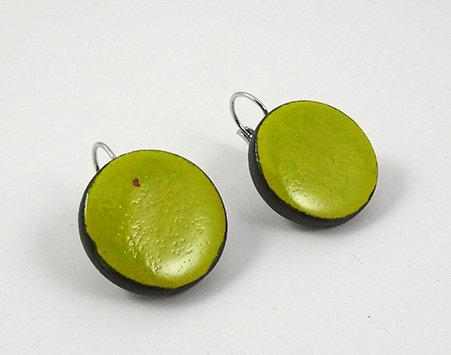 Grandes boucles d'oreilles vert jaune dormeuses rondes ceramique