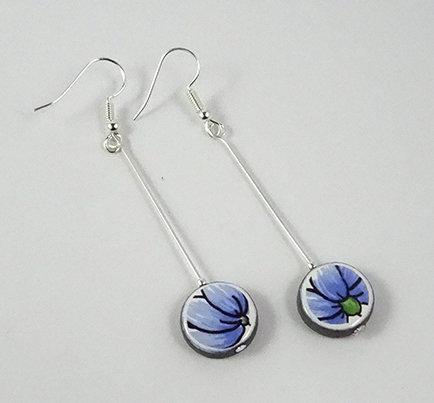 boucles d'oreilles longues colorées bleu motif floral vintage