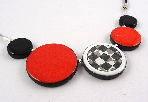 collier en céramique orange damier noir blanc cadeau femme