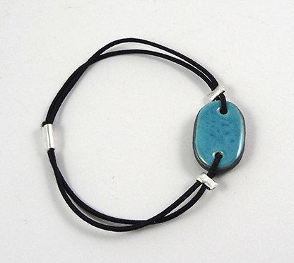 petit bracelet bleu turquoise avec élastique réglable bijou créateur