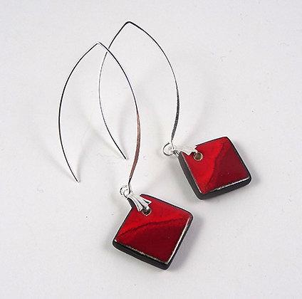 boucles d'oreilles rouge losanges carrés crochet argent courbe