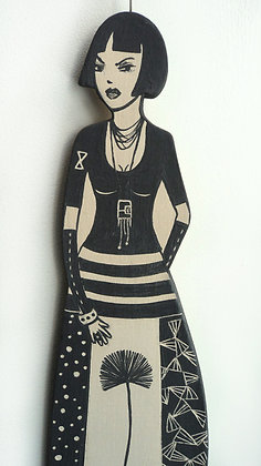 bad girl modelage de femme en céramique avec design noir et blanc