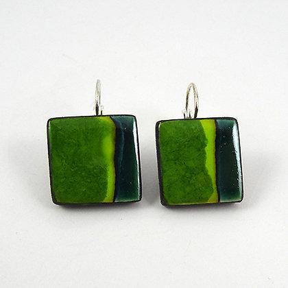 petites boucles d'oreilles carré vert rayures dormeuses bijou design céramique