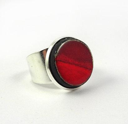 petite bague ronde rouge pili ceramique ronde sertie sur argent