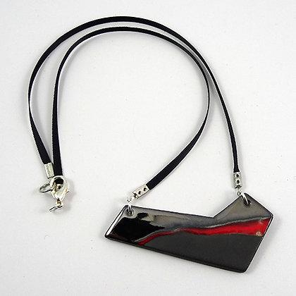collier chic contemporain rouge argent noir pour femme