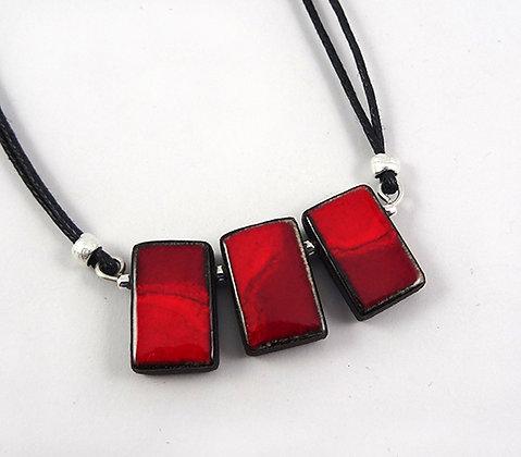 Collier original plastron rouge moiré en céramique pour femme