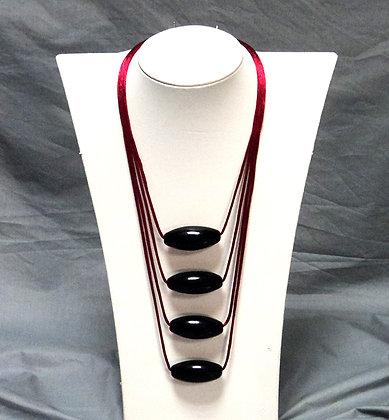 collier chic noir et rouge en ceramique brillante made in Lyon