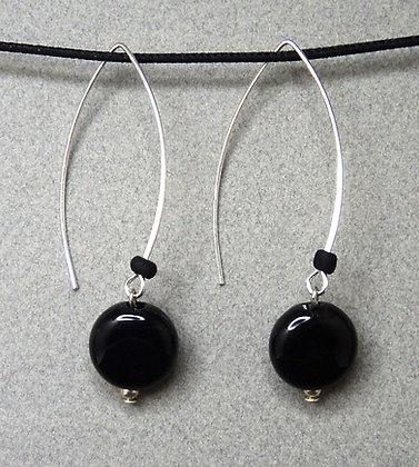 boucles d'oreilles rondes noir crochet contemporain argent