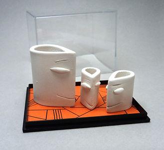 petites têtes blanches en céramique sculptures modelage design lyon pili-pok