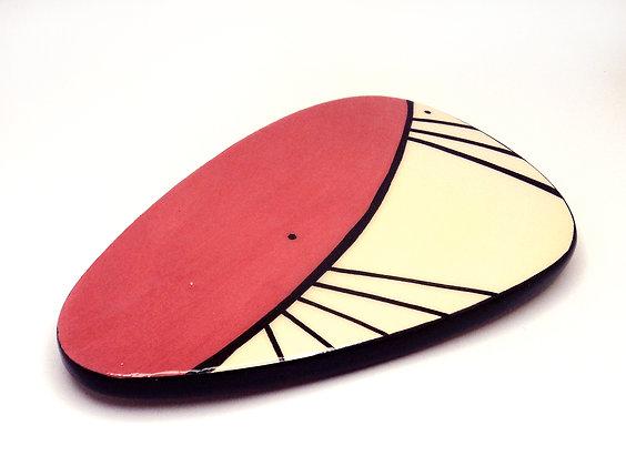 petit sous-plat rouge pastel au design vintage années 40 50
