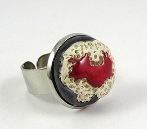 bague chic rouge argent rond métal céramique matière coquillage design