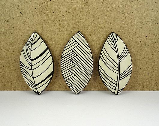 tableau feuilles noir et blanc carreaux de céramique design modulable