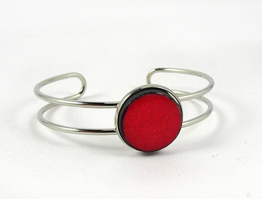 petit bracelet jonc rouge perle ronde en céramique tour de poignet métal argenté