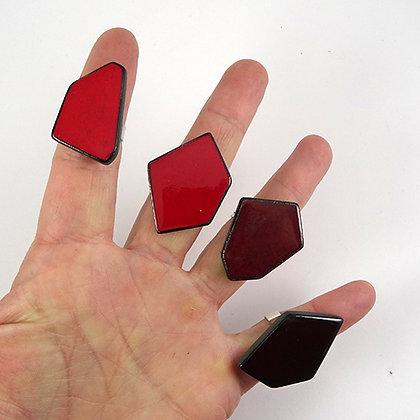 Bague rouge en céramique bague bordeaux forme géométrique