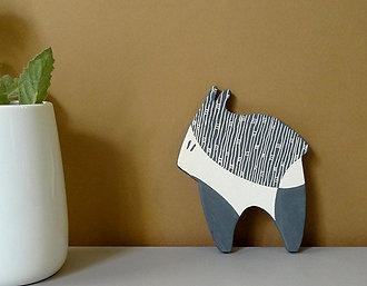 Petit animal graphique noir et blanc en céramique à poser ou coller