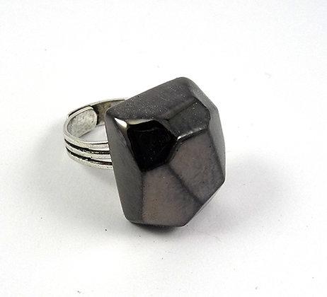 bague chic taille diamant noir brut bague rectangle en ceramique
