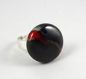 bague ronde chic rouge noir argenté réglable bijou design céramique