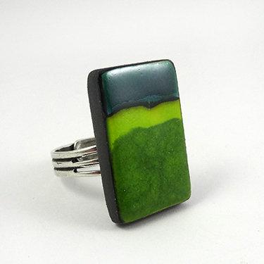 grande bague vert émeraude rectangle bijou design coloré céramique