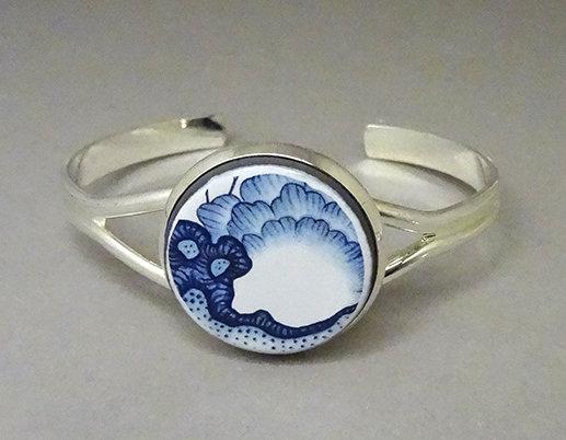 bracelet jonc bleu chic motif floral vintage coloré perle ronde