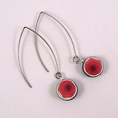 boucles d'oreilles graphiques rouge blanc motif design géométrique crochet argent