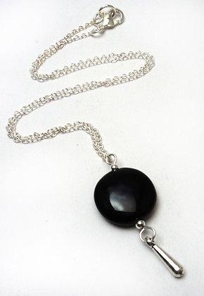 pendentif,collier,noir,galet,chic,céramique,créateur,lyon