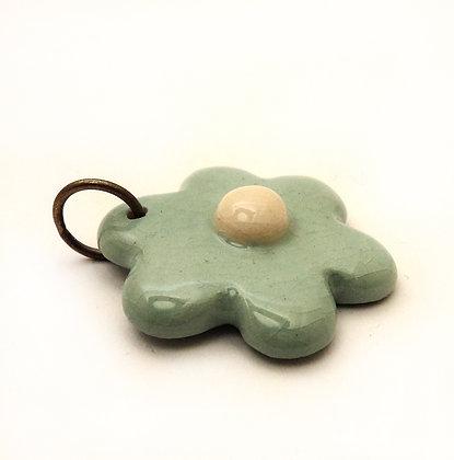 pendentif en forme de fleur turquoise en céramique