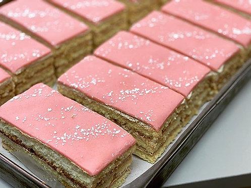 Gâteau Rose Individuel, Praliné & Pâte d'Amande